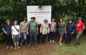 From left to right: Heike Eberhard, Katrina Blake (National Access and Visitation Coordinator), Charlie Bell, Murray Haseler (Qld Ecologist), Nicky Rolls, Venda Rolls, Michelle Stook (National Volunteer Coordinator), Paul Green and Joanna Reid.<br/>