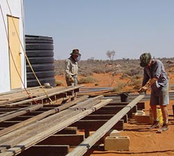 Building the verandah at Ethabuka. Photo Al Dermer.