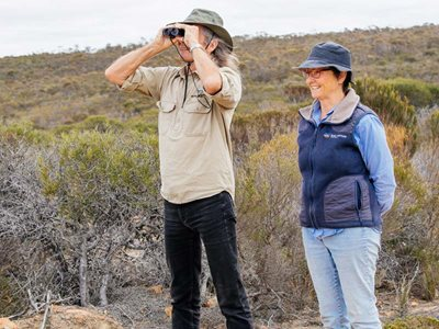 Healthy Landscape Manager Simon Smale with Ecologist Angela Sanders on Monjebup North. Photo William Marwick.