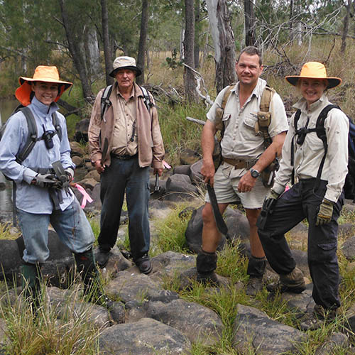 Siam weed hunters at Yourka Station. Photo Leanne Hales.