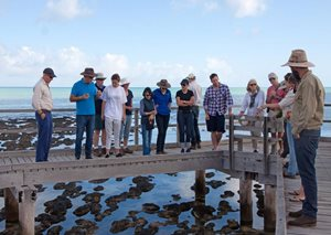 A group gathers to discuss Stromatolites at Hamelin boardwalk. Photo Ben Parkhurst.